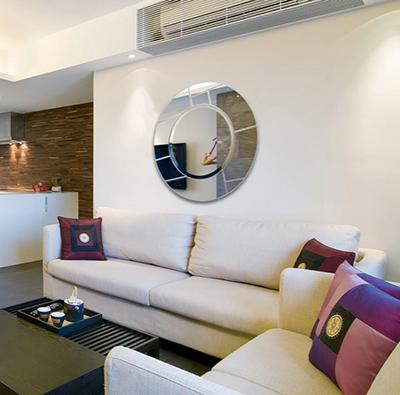 Round wall mirror for living room